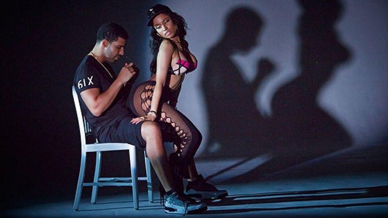 Nicki minaj gives man lap dance